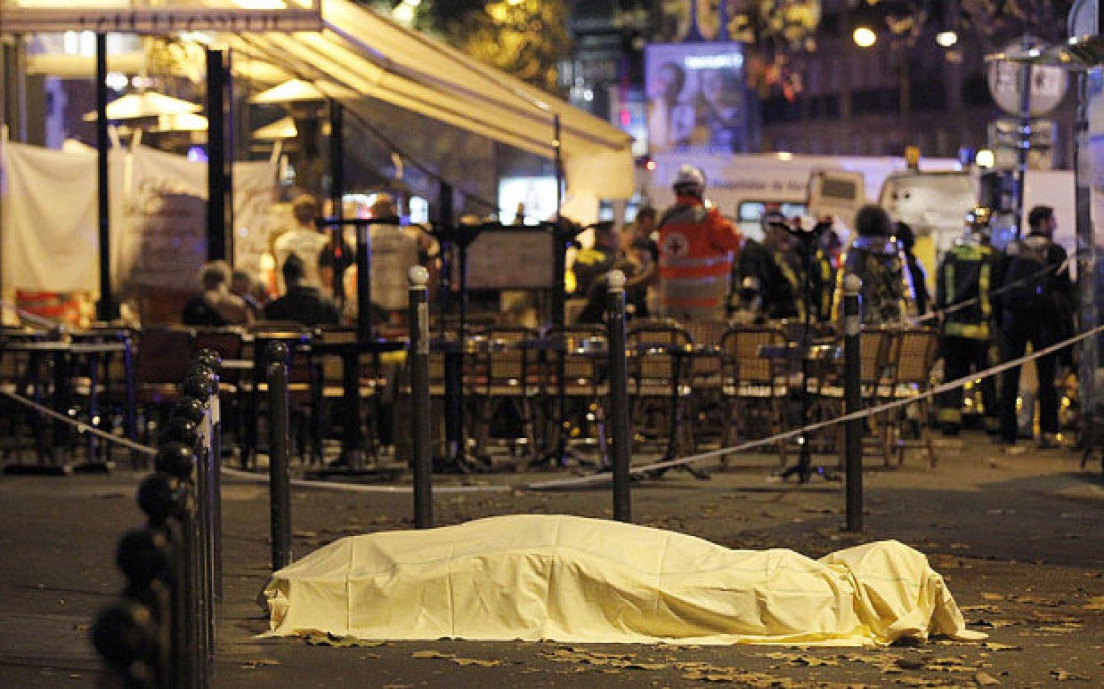 Картинки с терактов в париже