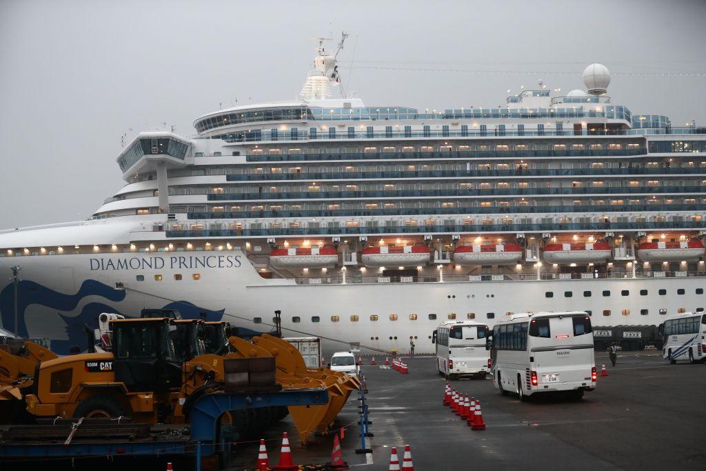 Diamond Princess_cruise ship