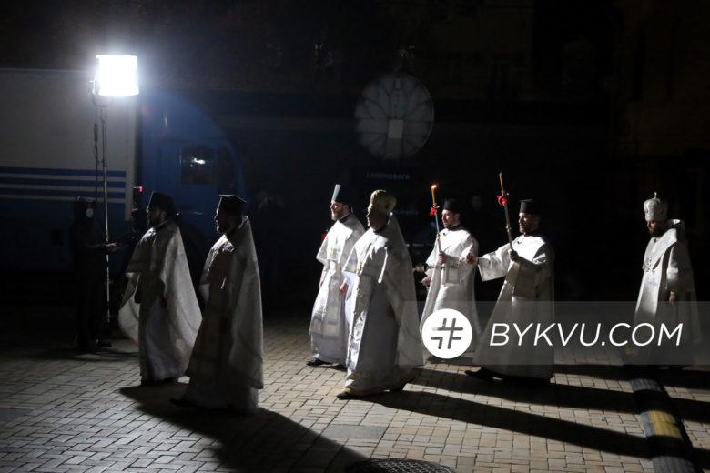 Великдень у Свято-Михайлівському соборі_01