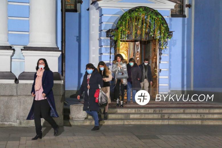 Великдень у Свято-Михайлівському соборі_03