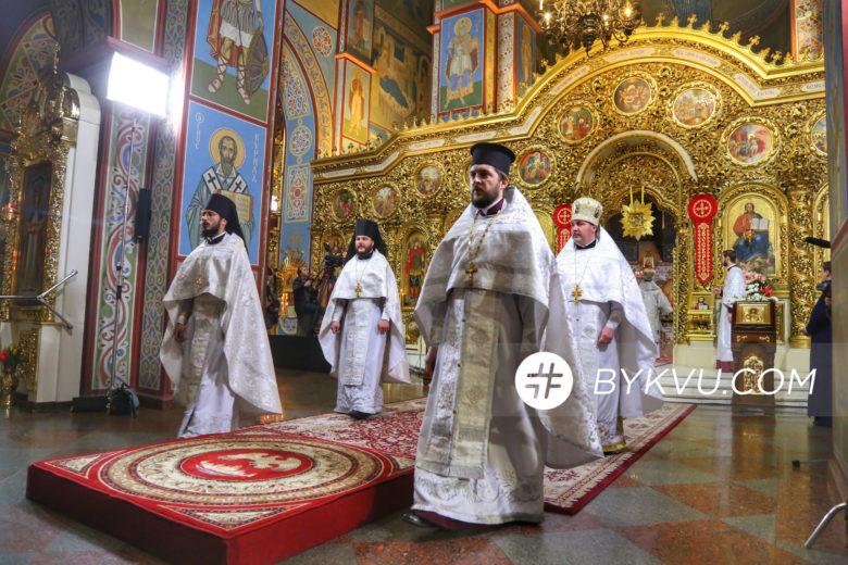 Великдень у Свято-Михайлівському соборі_07