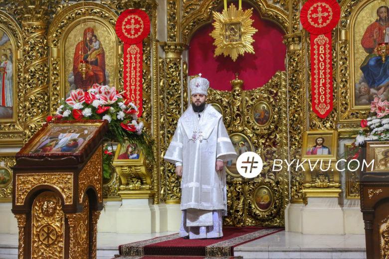 Великдень у Свято-Михайлівському соборі_09