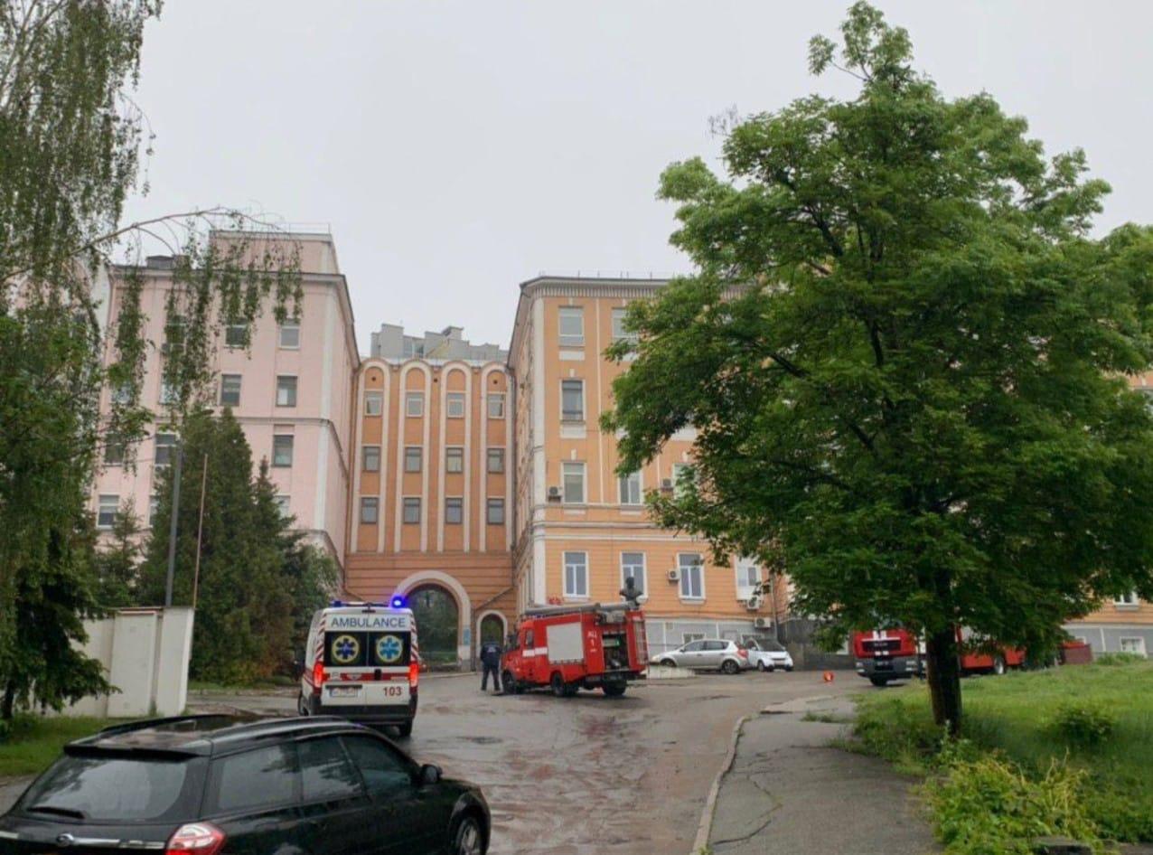Александровская_больница пожар Киев