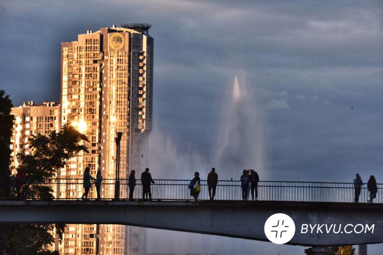 У Києві запустили фонтани_08