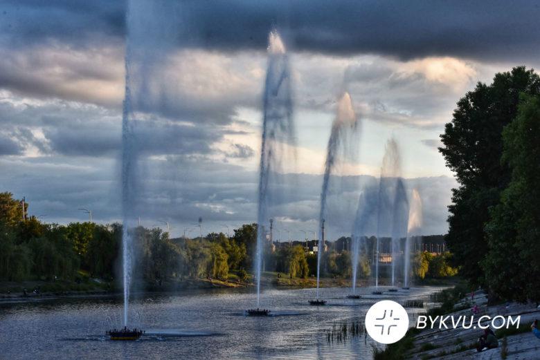 У Києві запустили фонтани_09