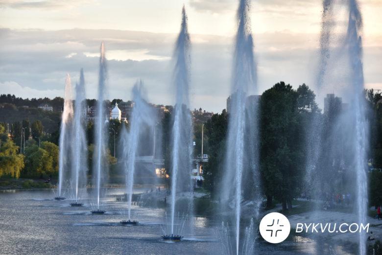 У Києві запустили фонтани_12