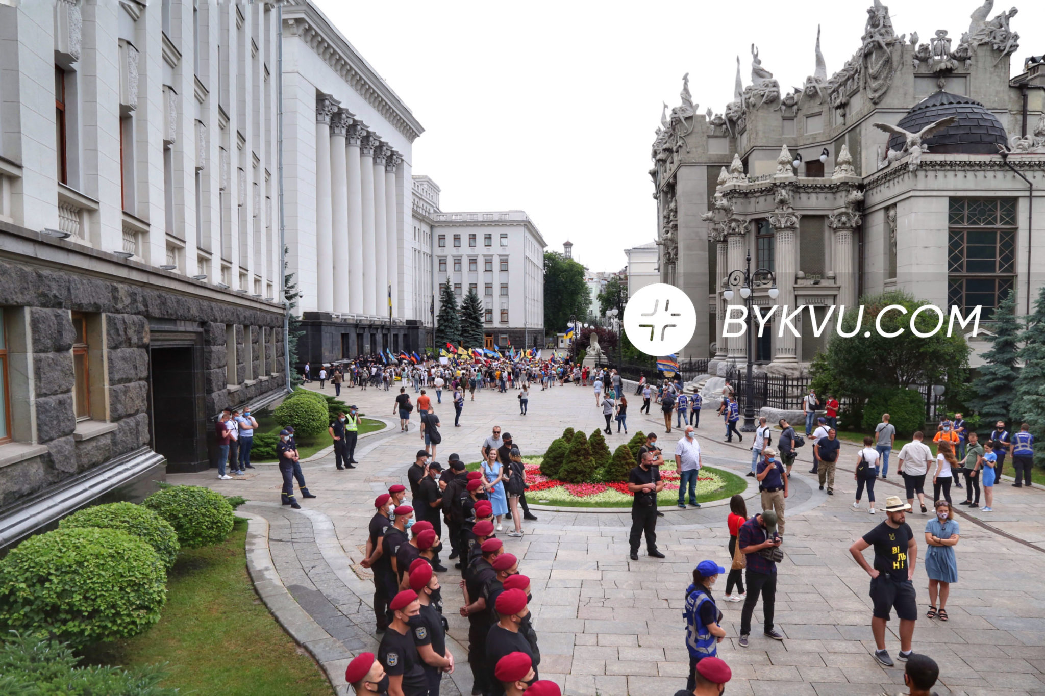 Киев_митинг_Шкарлет
