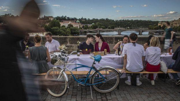 Прага, вечеринка коронавирус