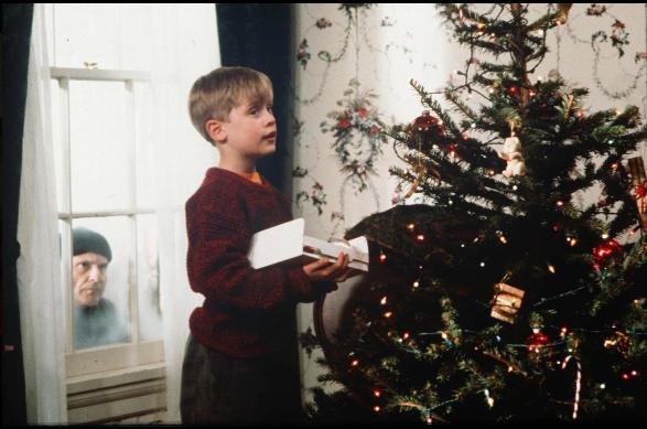 Не узнать. Как выглядит дом из фильма «Один дома» 30 лет спустя (ФОТО) 11