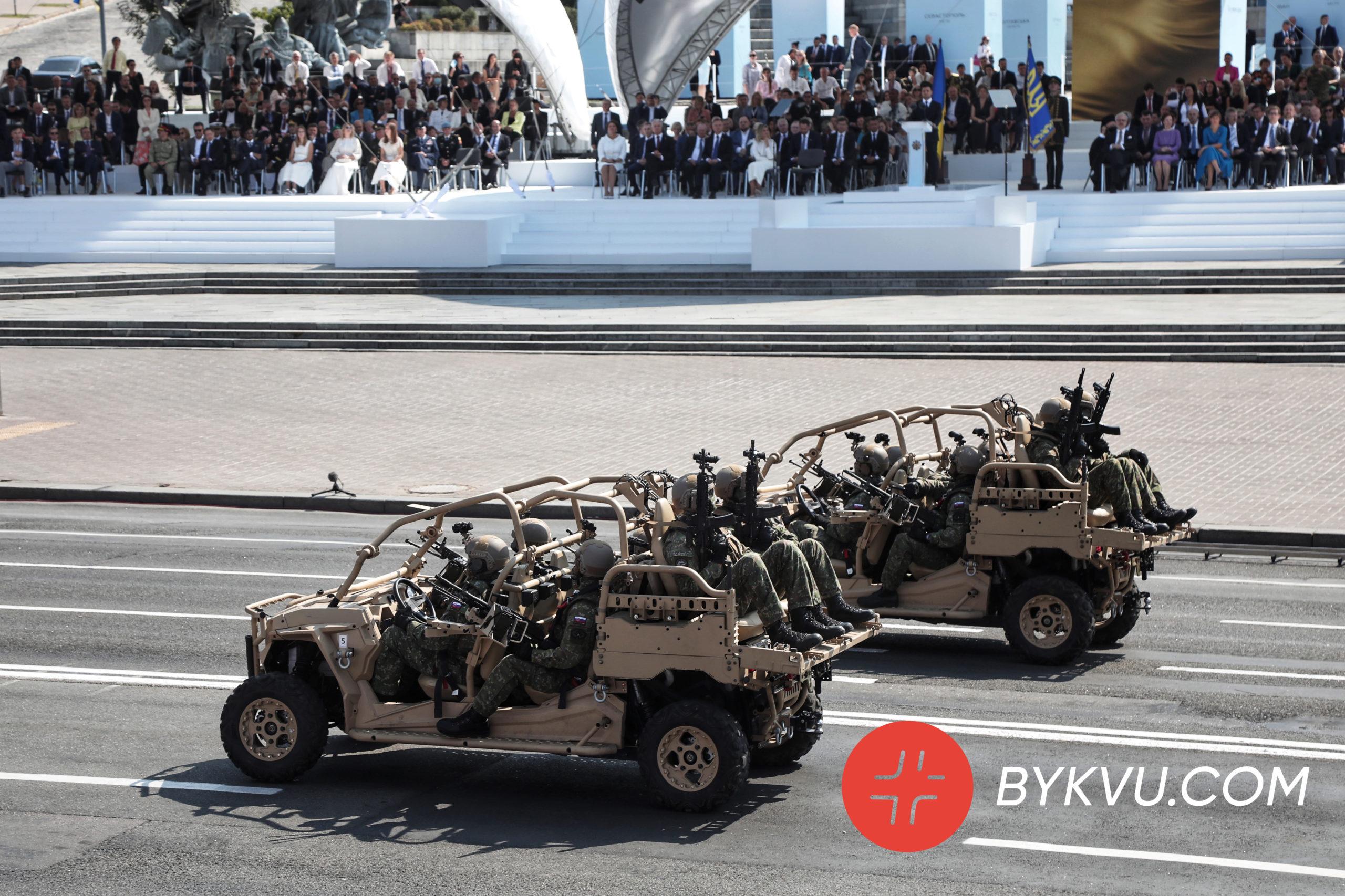 військова техніка_парад