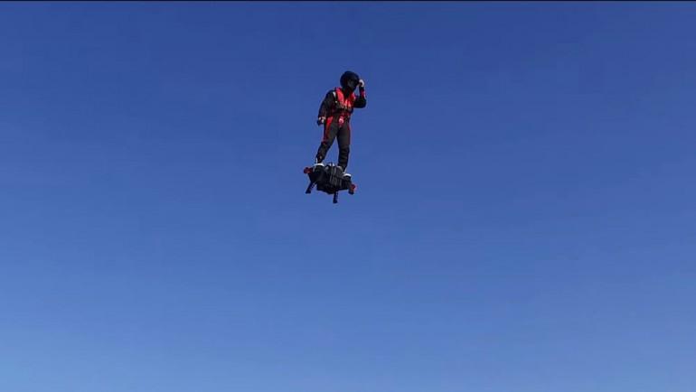 zapata flyboard air flying platform 11 770x434