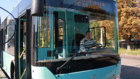 im578xAny тролейбус 3
