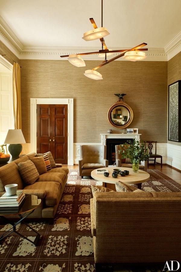 white house sitting room