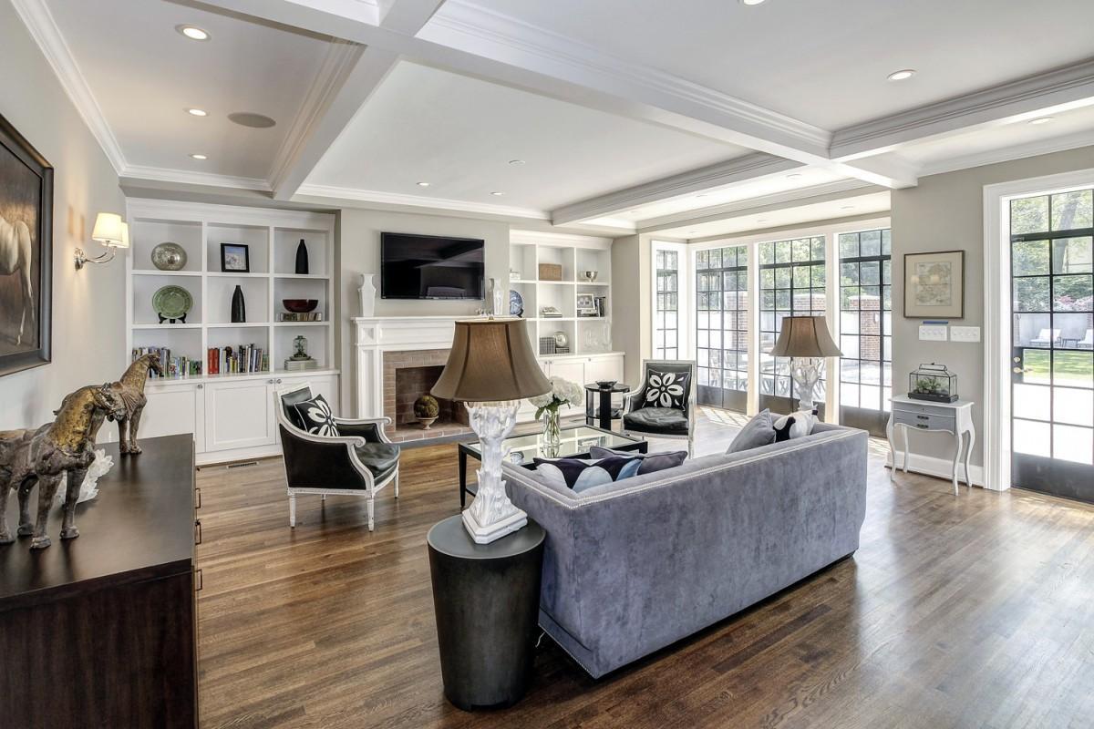2446 Belmont Road NW Washington DC Obamas New Home Family Room 1200x800