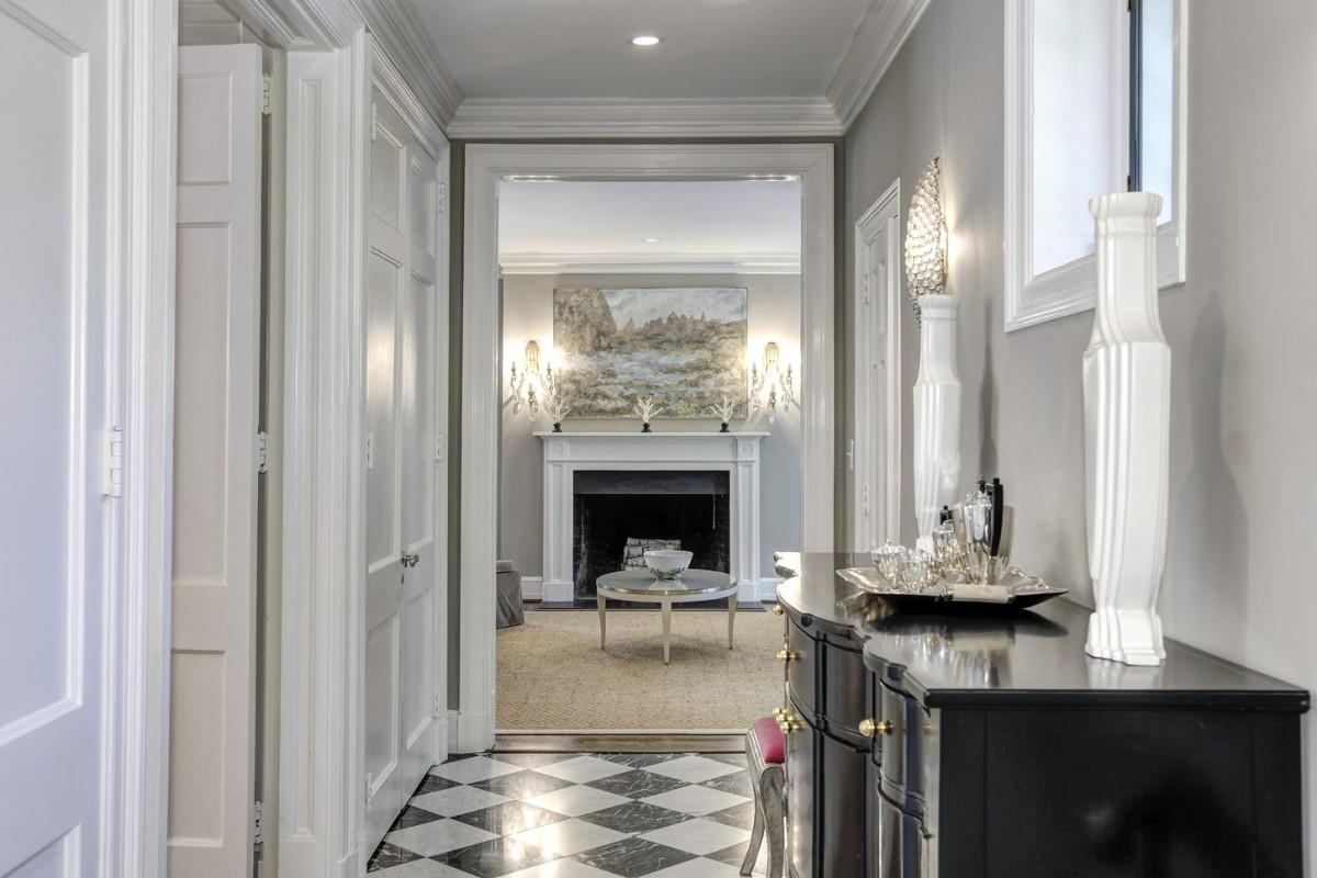 2446 Belmont Road NW Washington DC Obamas New Home Hall 1200x800