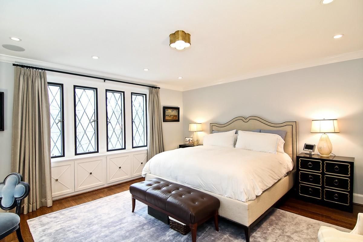 2446 Belmont Road NW Washington DC Obamas New Home Master Bedroom 1200x800