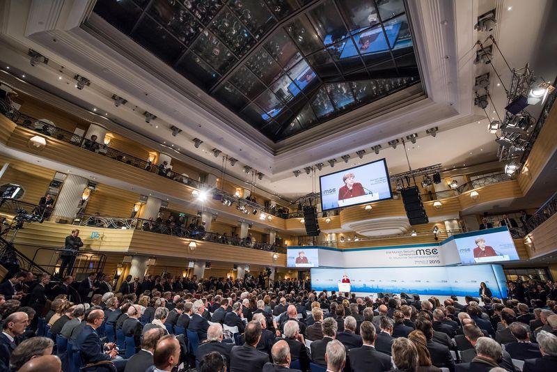 csm MSC15 SAT Koch Merkel Audience 7b086c0eef