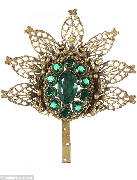 3E453BE300000578 4313728 The largest collection of jewelry from the Golden Era of Hollywo m 78 1489519458071