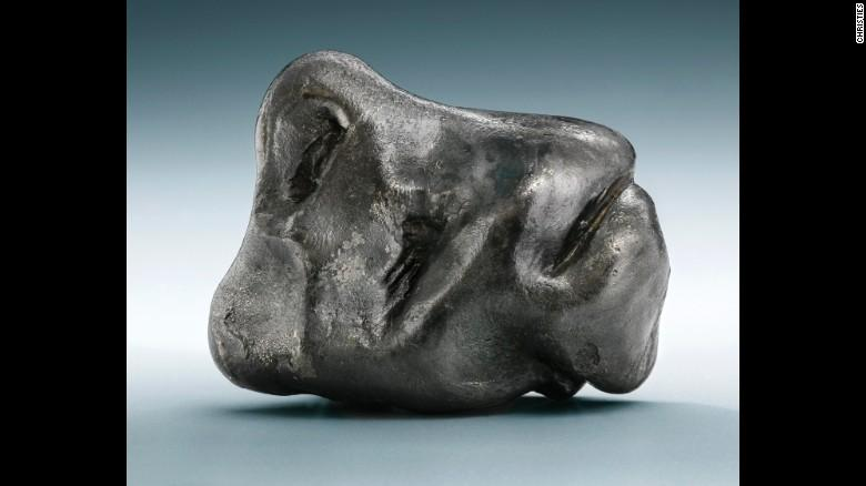 Christie's  выставил на торги метеориты_1