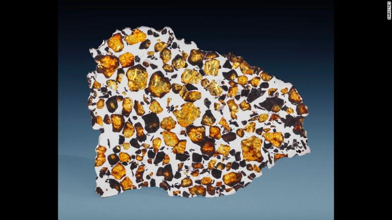 Christie's  выставил на торги метеориты_3