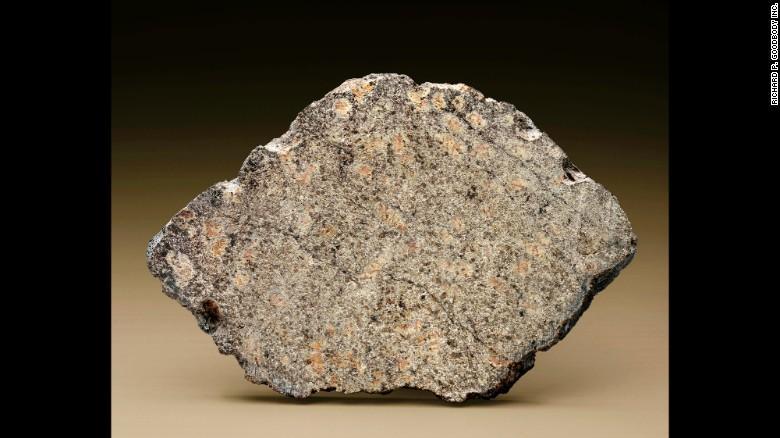 Christie's  выставил на торги метеориты_5