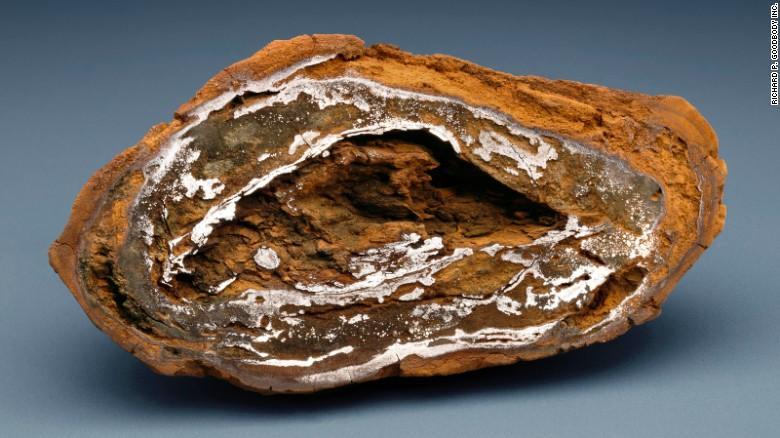 Christie's  выставил на торги метеориты_6
