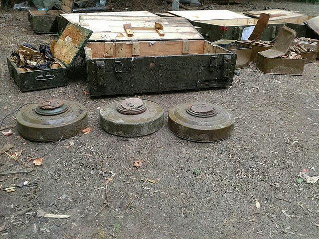 СБУ нашла два тайника с оружием и боеприпасами на Донбассе_8