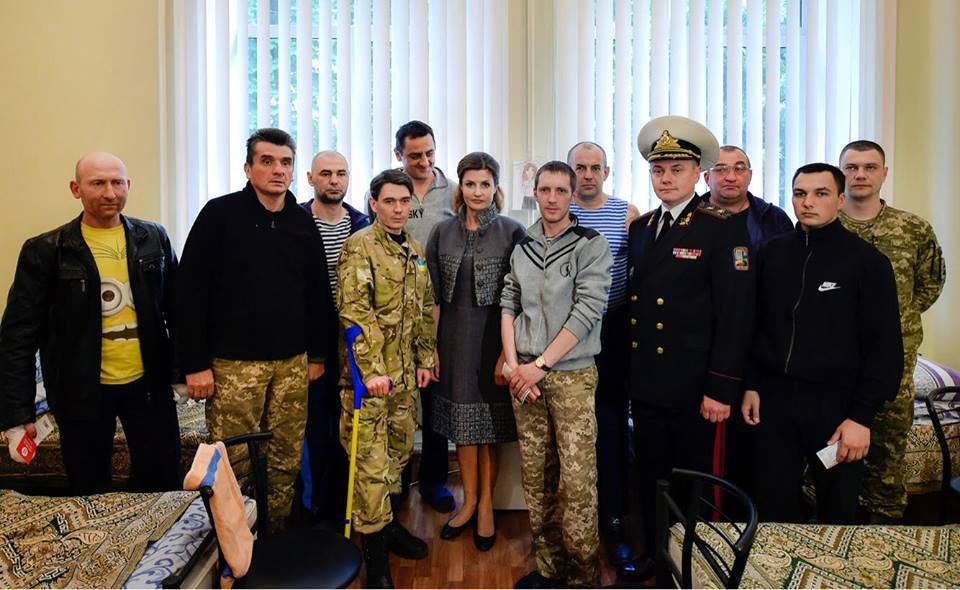 Марина Порошенко, военнослужащие_2