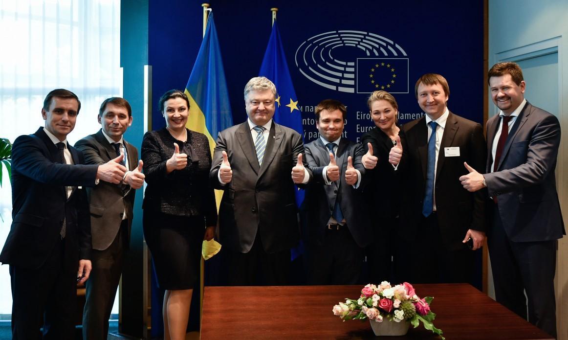 Подписание безвиза для украинцев_6