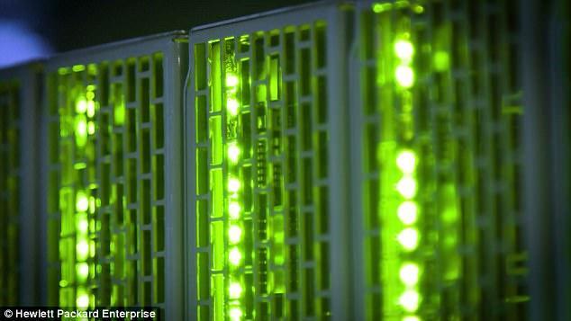 Hewlett Packard Enterprise презентовала прототип компьютера с рекордным объемом памяти_4