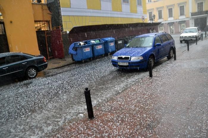 Сильнейший ливень с градом и штормовым ветром обрушился на Одессу_5