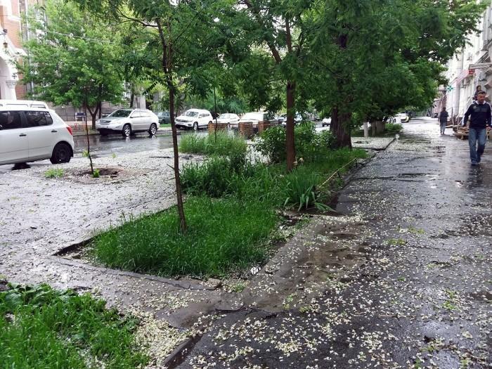 Сильнейший ливень с градом и штормовым ветром обрушился на Одессу_8