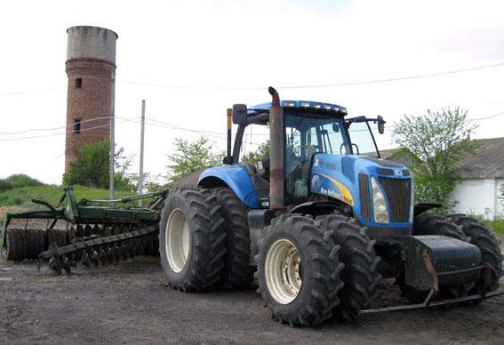 Трактор зацепил мину во время сельскохозяйственных работ