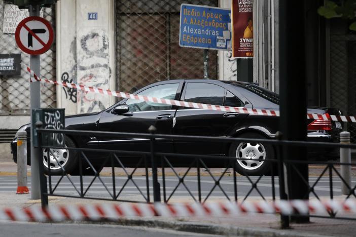 В Греции взорвали авто экс-премьера_4
