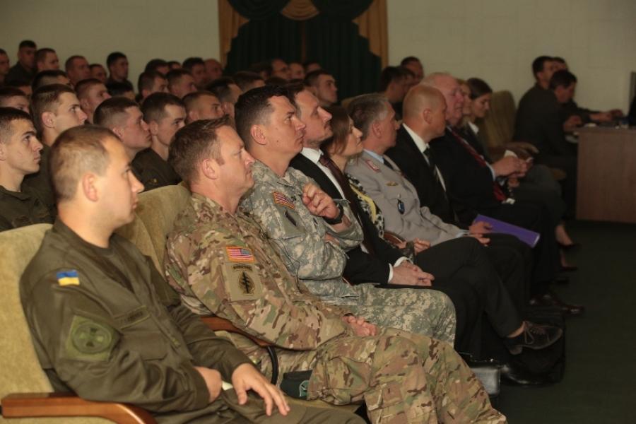 НАТО создает платформу для подготовки специалистов на базе Национальной академии Нацгвардии Украины_2