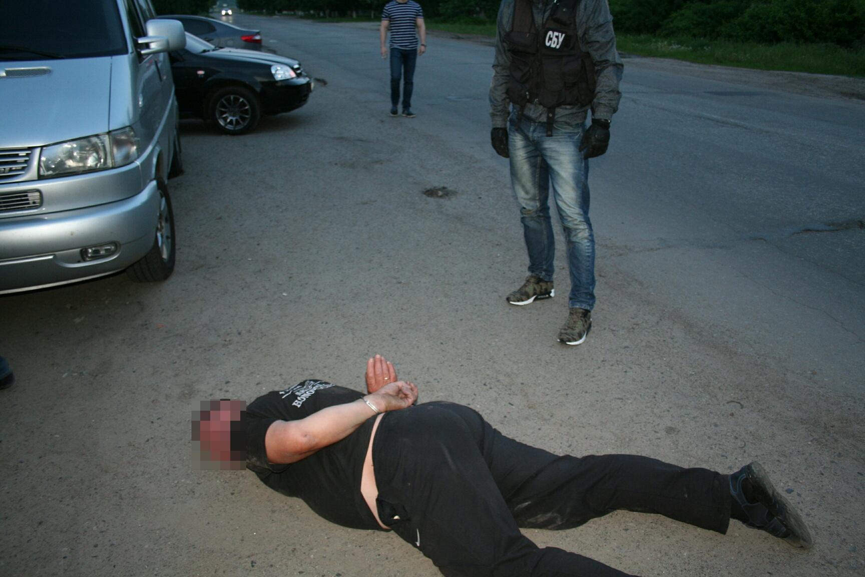 На Харьковщине поймали организаторов канала нелегальной миграции в РФ