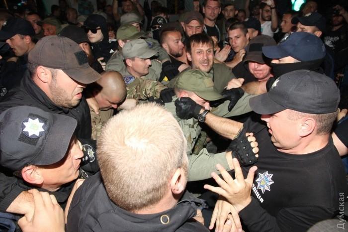 В Одессе сорвали концерт Лободы_13