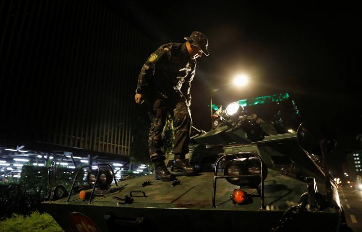 Атака в Маниле_5