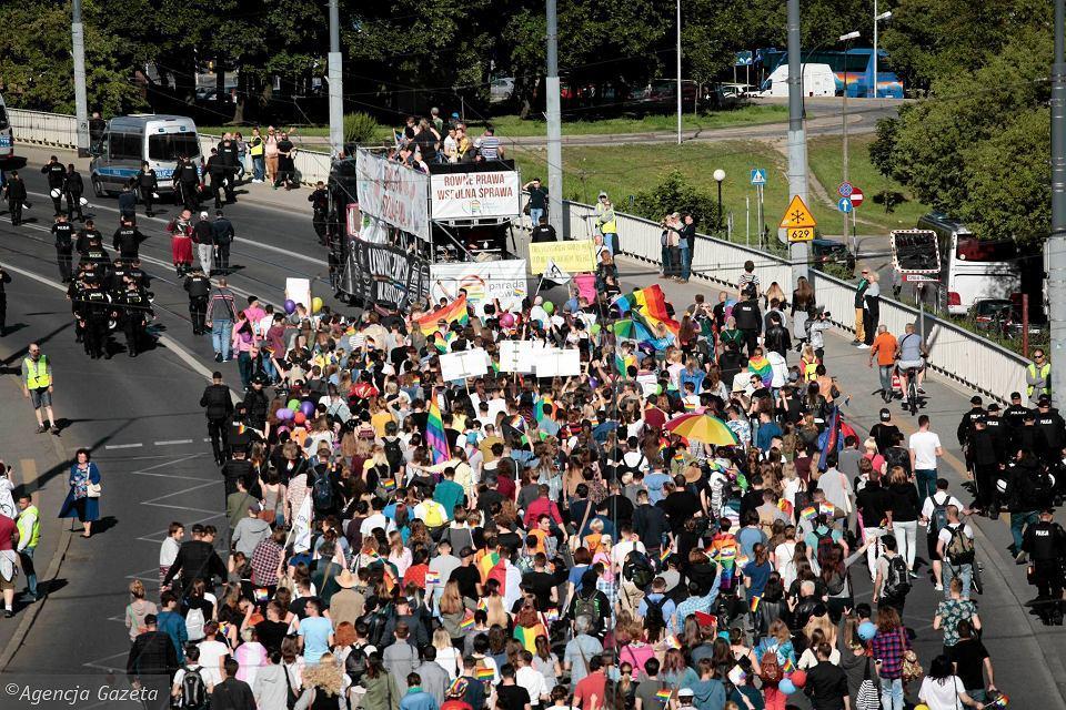 Марш за права ЛГБТ в Варшаве_12