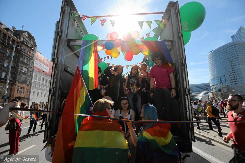 Марш за права ЛГБТ в Варшаве_24