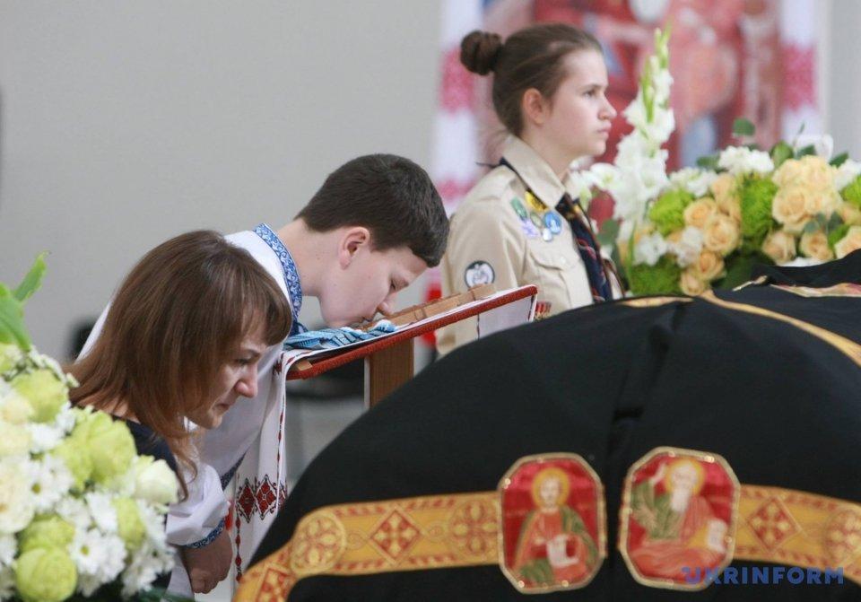 Киев прощается с Любомиром Гузаром_11