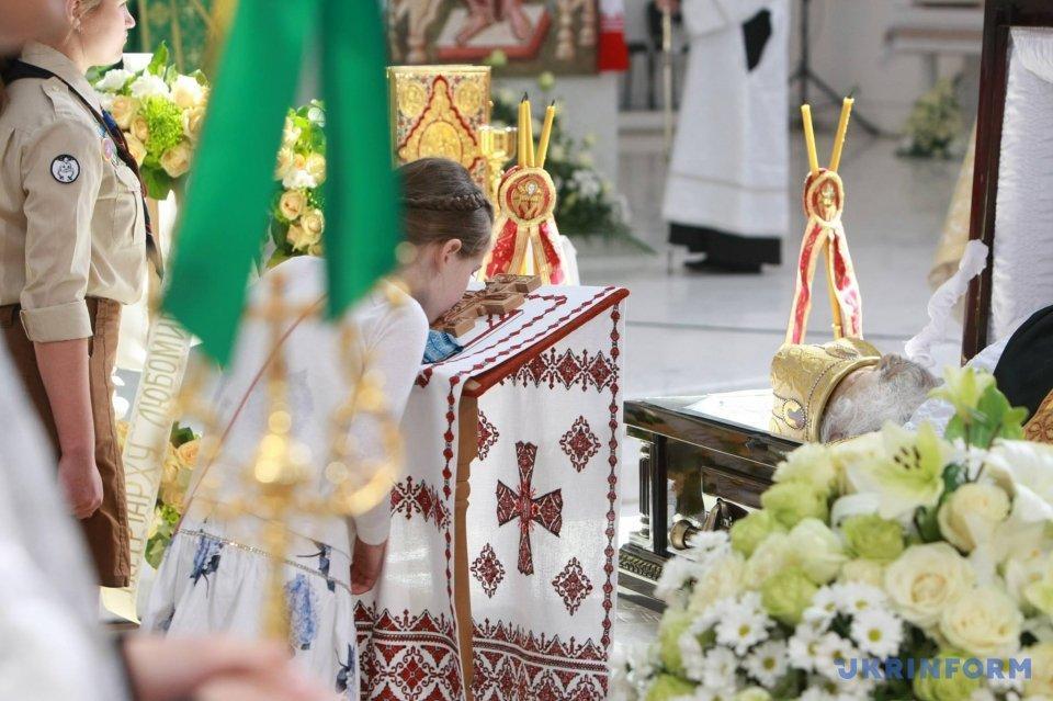 Киев прощается с Любомиром Гузаром_7