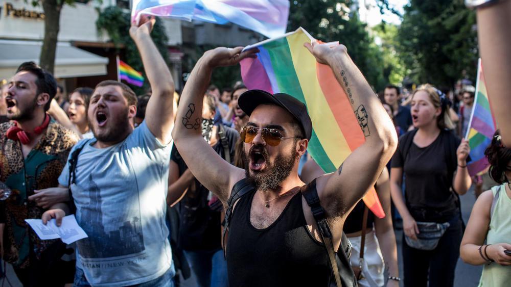ct istanbul lgbt pride ban photos 20170625 001
