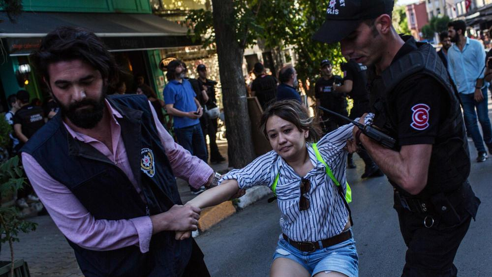 ct istanbul lgbt pride ban photos 20170625 002