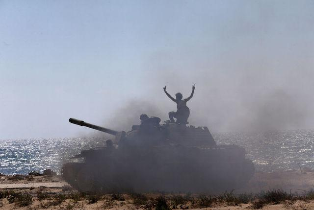 Ливийский Бенгази освободили от боевиков
