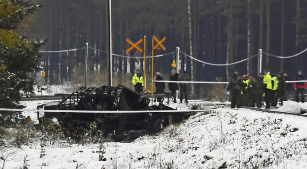 Столкновение поезда и военного автомобиля
