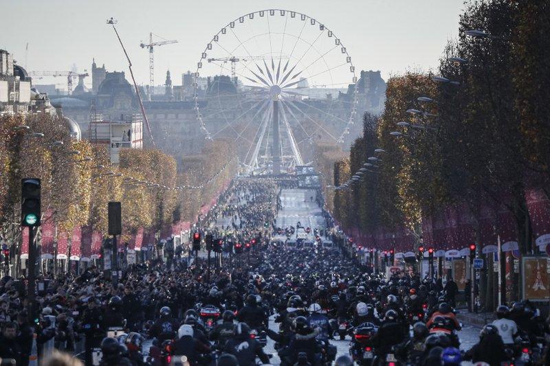 Париж15