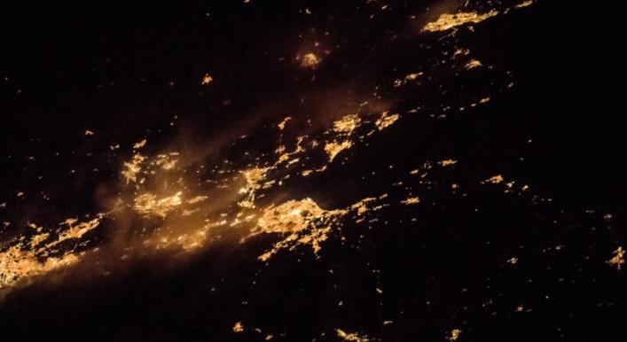 Снимки городов из космоса.