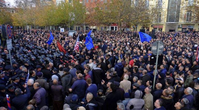 Протест в Албании