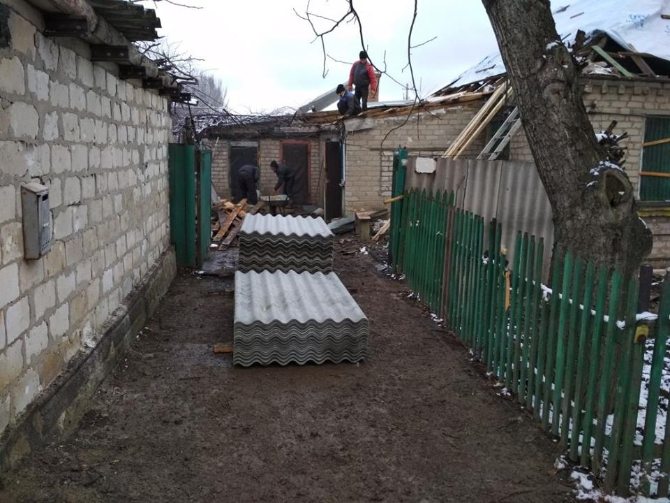 Последствия обстрела Новолуганского